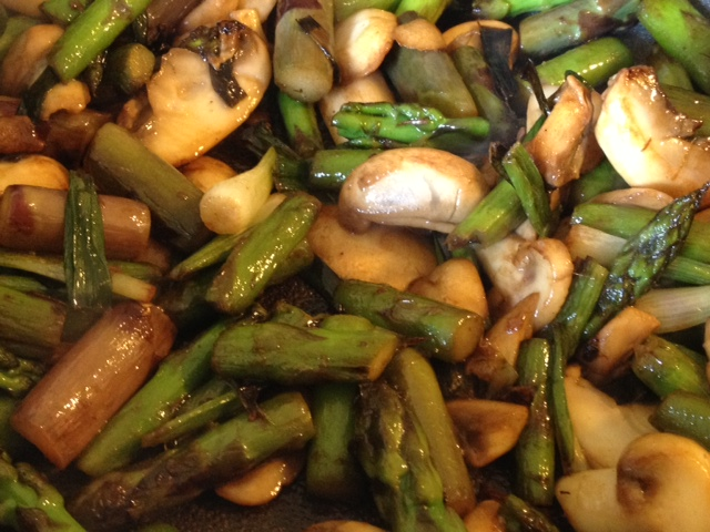 Asparagus, Mushroom and Tomato Stir Fry 3