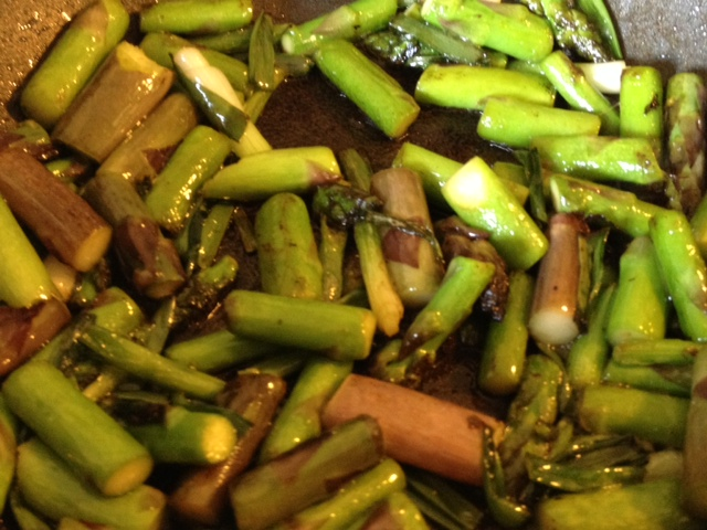 Asparagus, Mushroom and Tomato Stir Fry 4