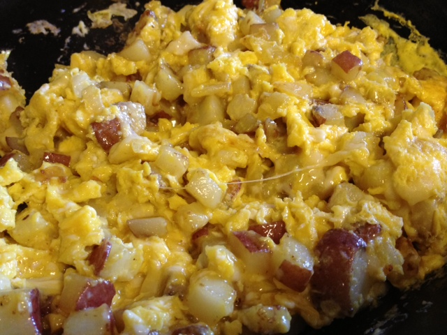 potato & cheese scrambled omelet5