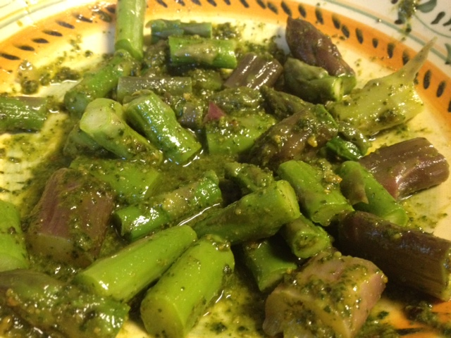 Pasta with Asparagus, Peas and Pesto 3