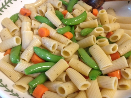 Snap Pea, Carrot, Avocado, Tomato & Feta Pasta 3